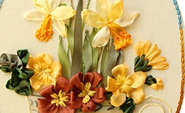 userfiles/image/home1/cup_february_defodils_ribbon_embroidery_small_s.jpg