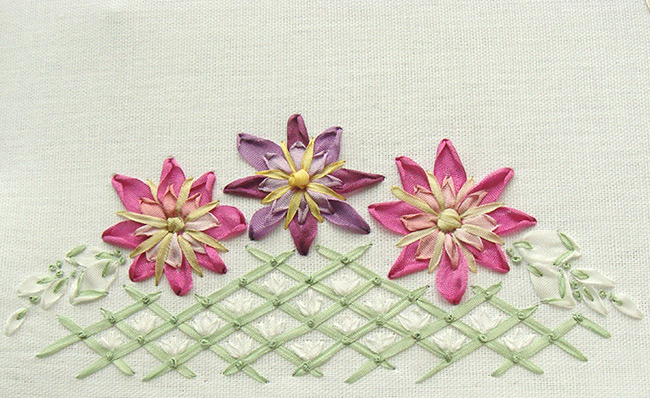 New Year ribbon embroidery: fresh ideas for beginners