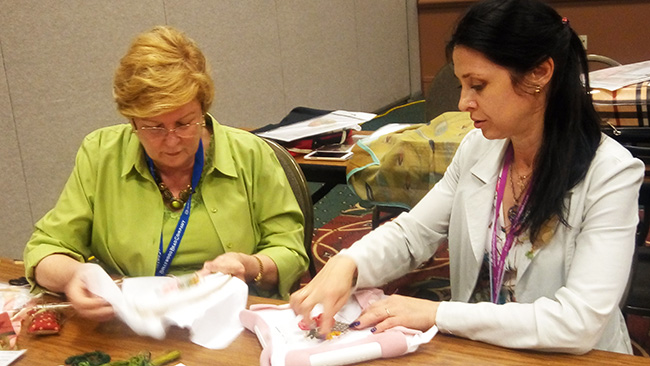 classes on ribbon embroidery, silk ribbon embroidery workshops, ribbon embroidery designs for beginners