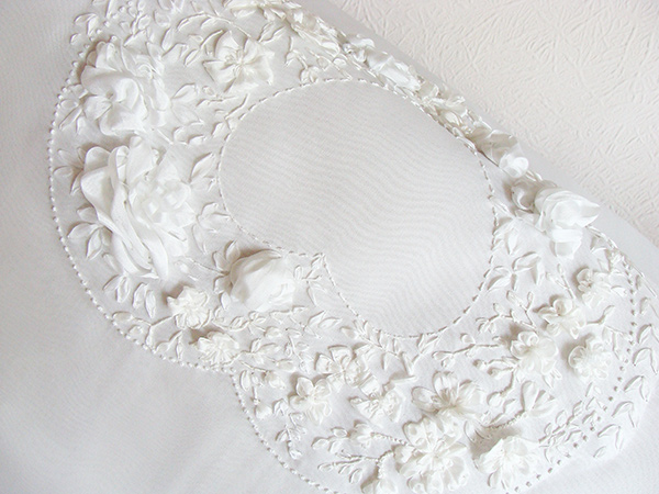 wedding flower wreath, silk ribbon, ribbon embroidery, design for wedding cushion